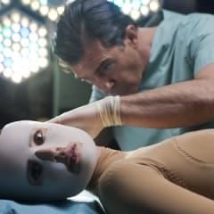 Antonio Banderas överraskar i The Skin I Live In
