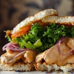 Här hittar du Stockholms bästa club sandwich