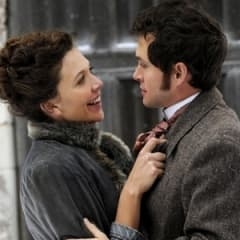 Maggie Gyllenhaal lysande i onanikomedin Hysteria