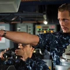 Alexander Skarsgård spelar mot Rihanna i Battleship