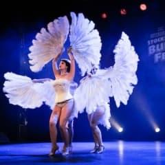 Stockholm Burlesque Festival intar Södra Teatern och Nalen