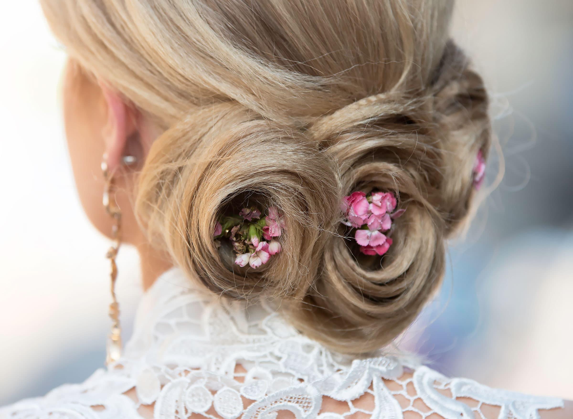 8a7f7b1a4e1 Inför bröllopet: här hittar du frisörer som är bra på bruduppsättningar i  Stockholm
