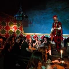 Julbord med underhållning i Stockholm