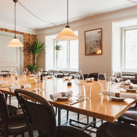 Här hittar du restaurangerna för stora sällskap i Stockholm