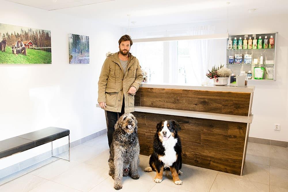 Hundbutiker och hundfrisörer i Stockholm