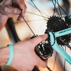 Guiden till Stockholms bästa cykelverkstäder och cykelbutiker
