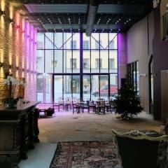 Nytt hotell flyttar in i hippt kvarter