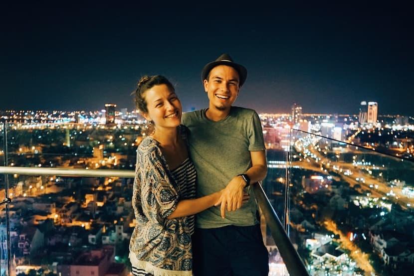 Gör spencer och toby dating i verkliga livet