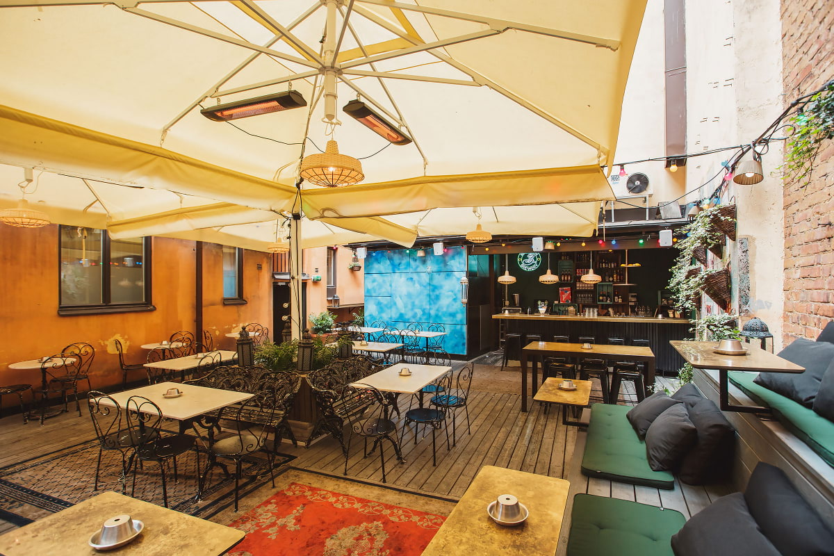 Här hittar du sommaröppna restauranger i Stockholm