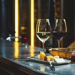 Provning av Bordeaux-viner på Wijnjas