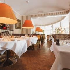 restaurang öppet söndag stockholm