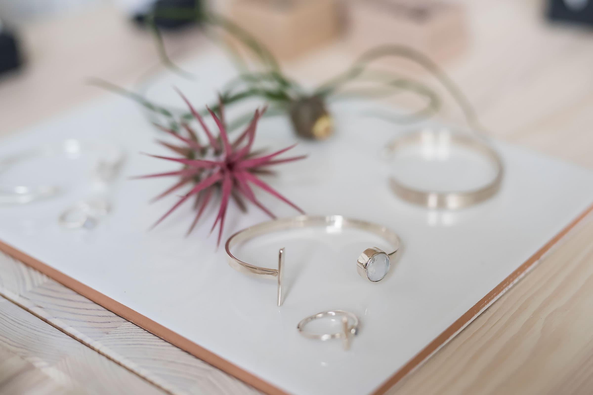2c5ceb8df7aa Här finns Göteborgs bästa accessoar- och smyckesbutiker – Thatsup