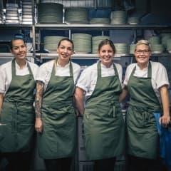 Taverna Averna möter hösten under ledning av Frida Knutsson
