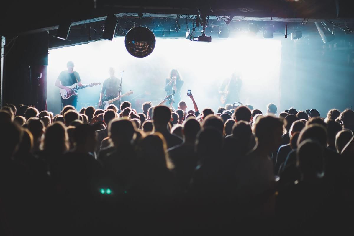 Guiden till Stockholms bästa ställen med livemusik