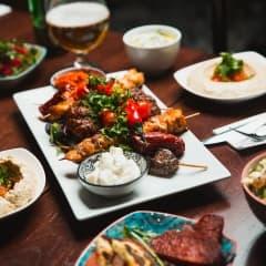 Guiden till Göteborgs bästa restauranger med mat från Mellanöstern