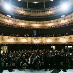 Skådisar och konserter i NK:s filmfönster