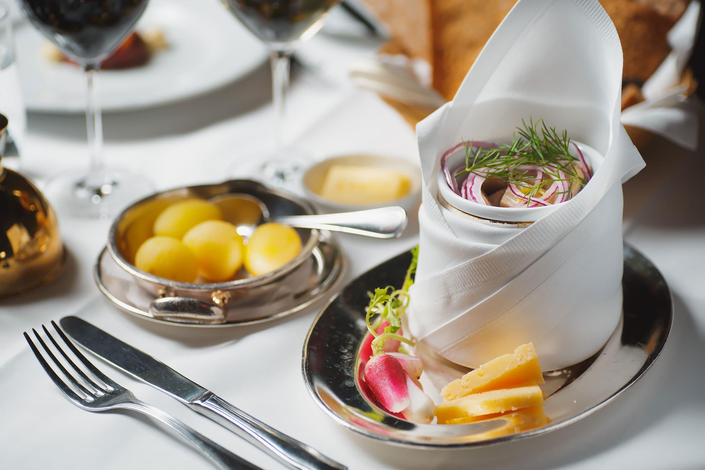 Guiden till restauranger som har öppet under helgdagar i Stockholm