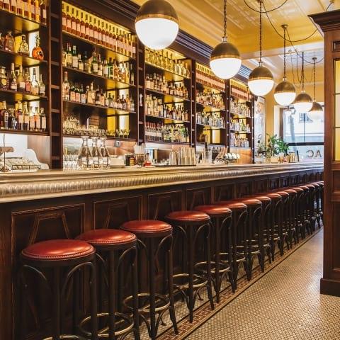 Brasserie Balzac firar Le Beaujolais Nouveau