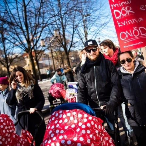 Gå med i Barnvagnsmarschen