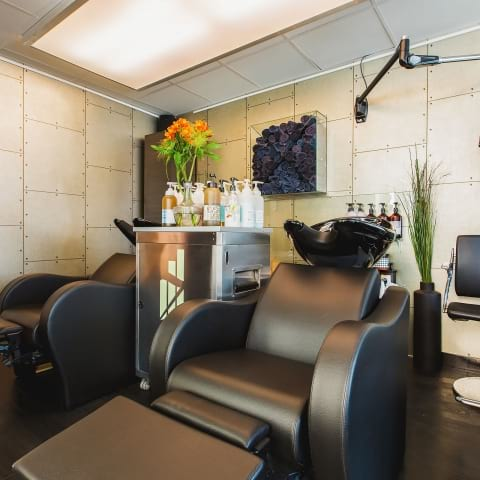 Where to find organic hairdressing salons in Stockholm