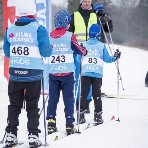 Sportlov: Barnens stora skidfest – prova på ett riktigt skidlopp
