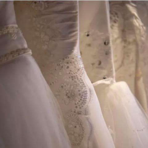 Fynda bröllopsklänning second hand hos Amaranten