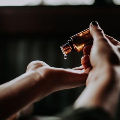 Gör din egen parfym – doftworkshop med Karolina Stockhaus
