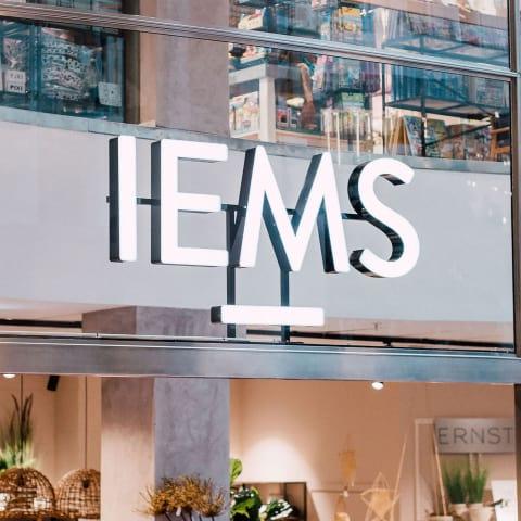 Inredningsbutiken IEMS har öppnat i Arkaden