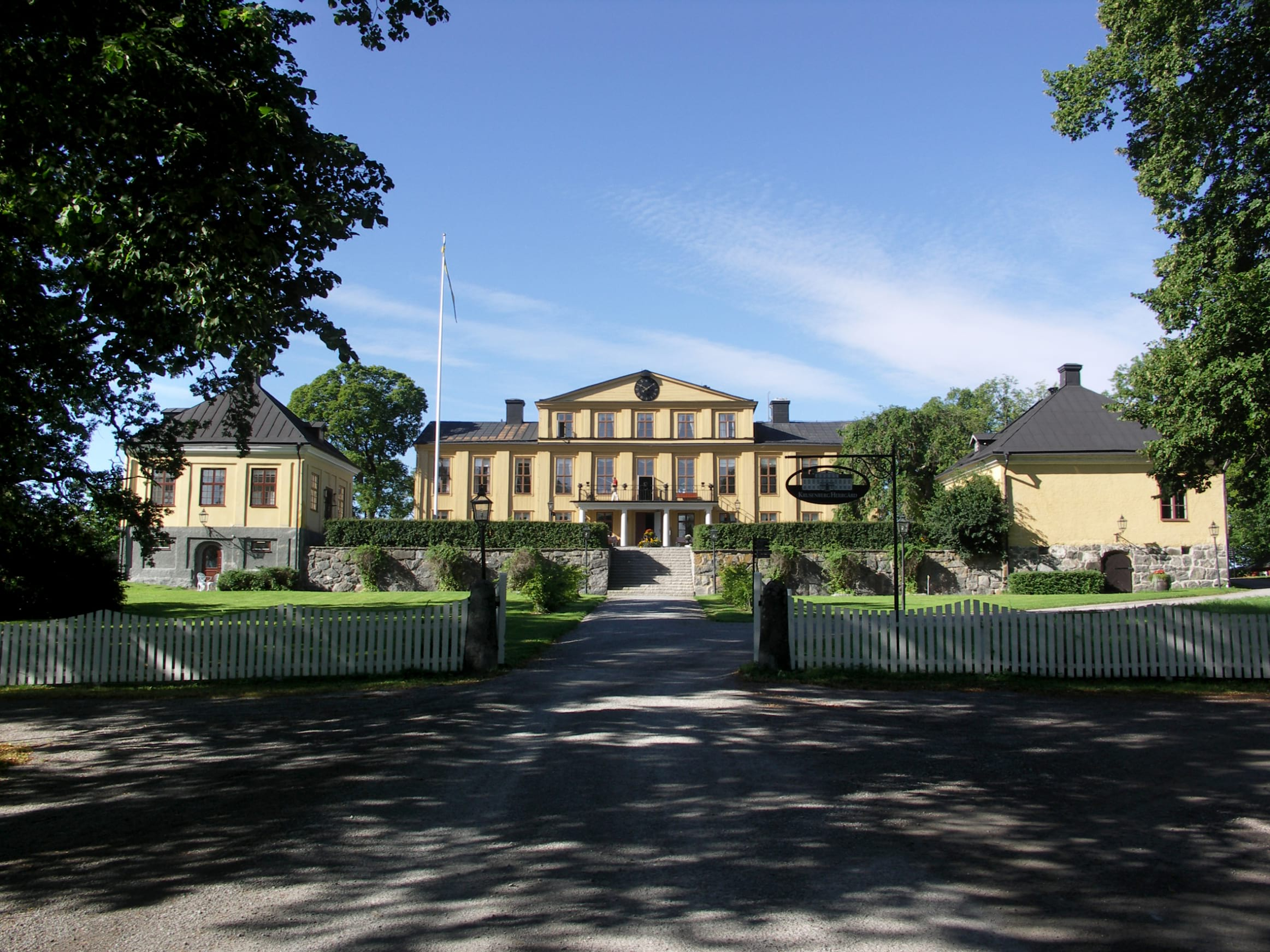 The guide to charming manor houses in Stockholm
