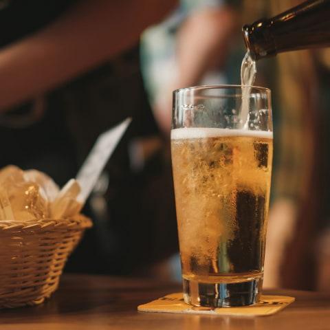 Färre personer på restaurang och alkoholstopp kl 20