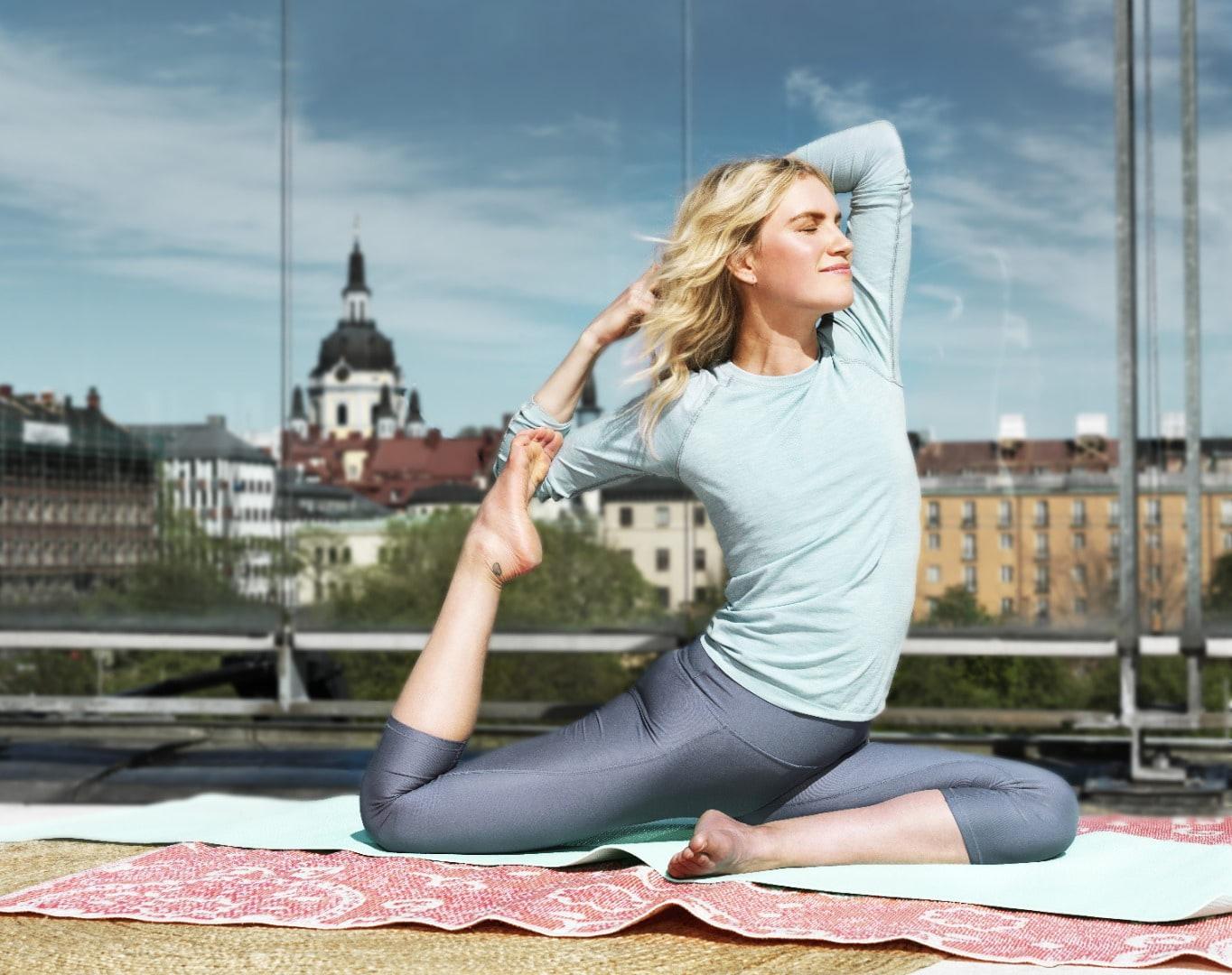 Yoga on the roof – yoga i kampen mot barncancer