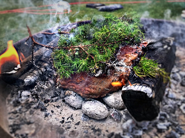 Matlagningskurs: Friluftsteknik & gourmétmatlagning över öppen eld