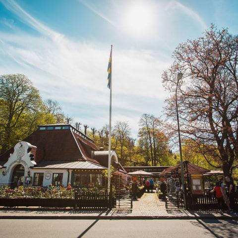 Krogar på Djurgården skickar gästerna vidare till grannen