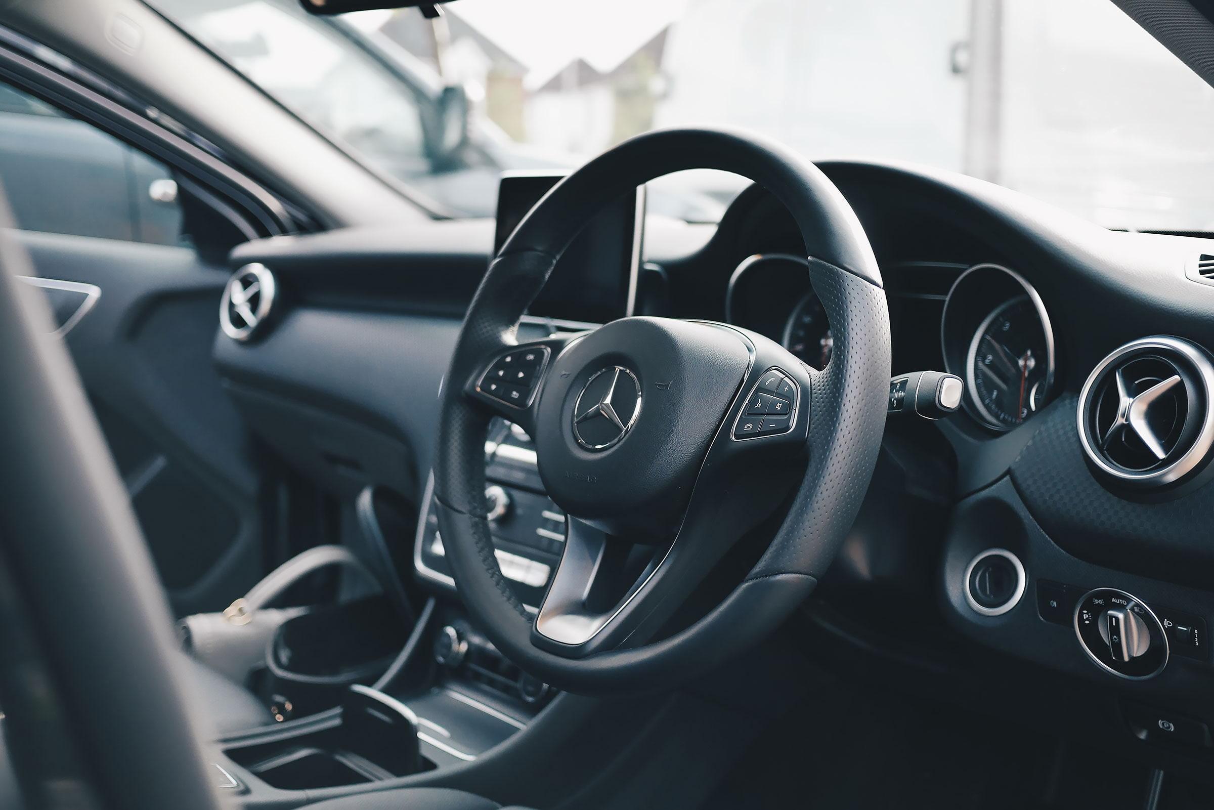 Guiden till att hyra bil i Stockholm