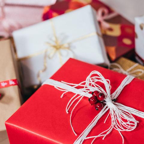 Handla julklappar med hemleverans i Stockholm