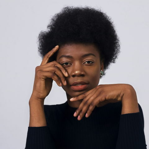 Salonger som kan afro och lockigt hår i Stockholm