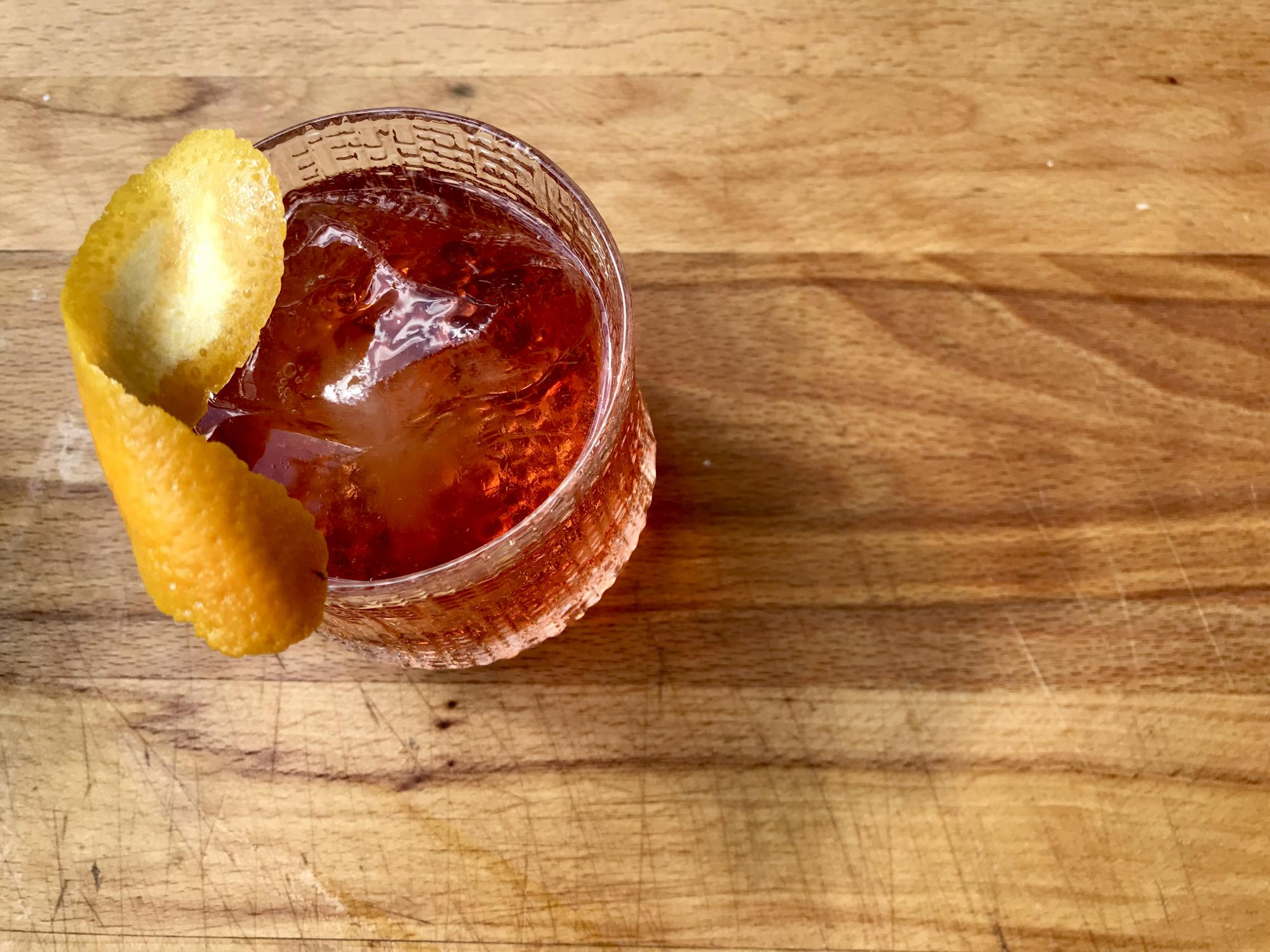 Nationella Tequila dagen! Recept på El Diablo & Rosita - Djävulskt, fruktigt & Negroni variation