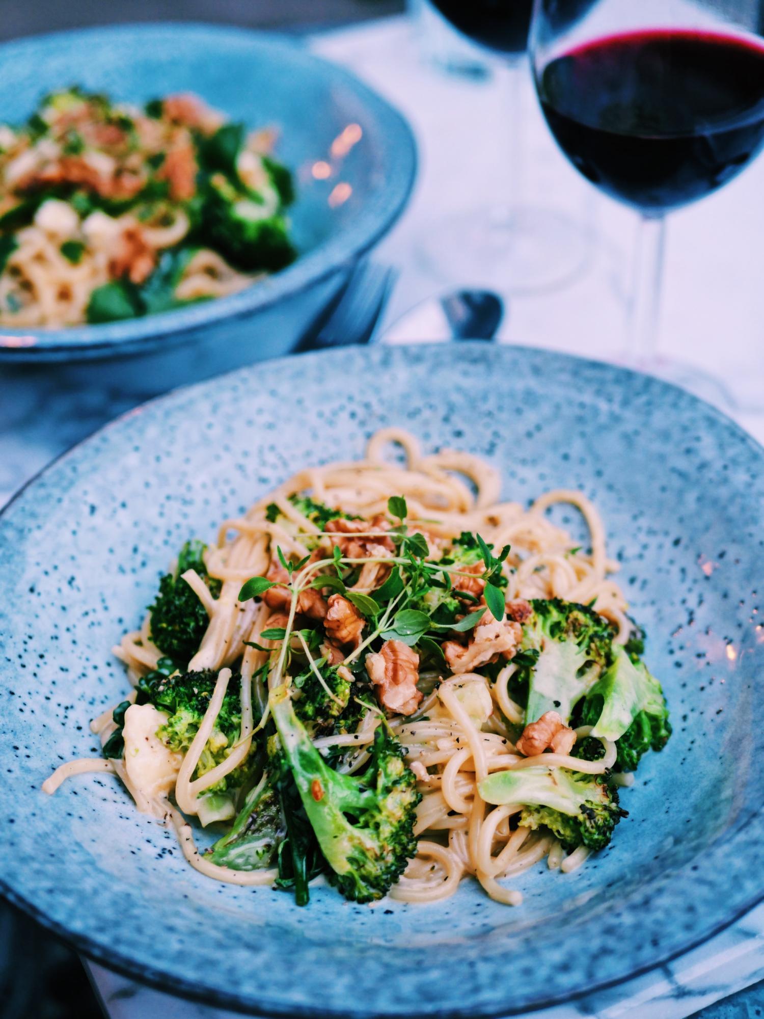 Pasta med ädelost, broccoli och valnötter!