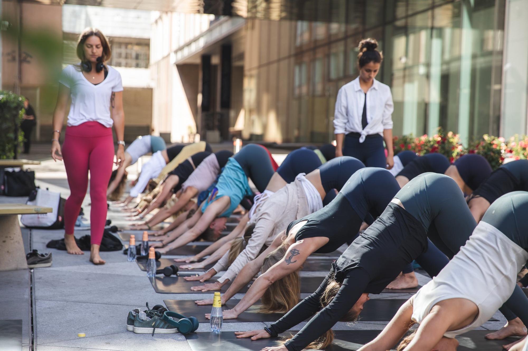 yoga utomhus stockholm