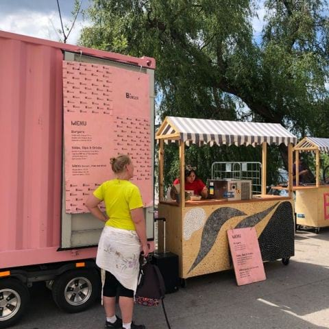 Bild från 8ft Burger Food Truck av Adam L.