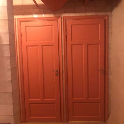 Toalettdörr – Bild från Arnold's av These S.