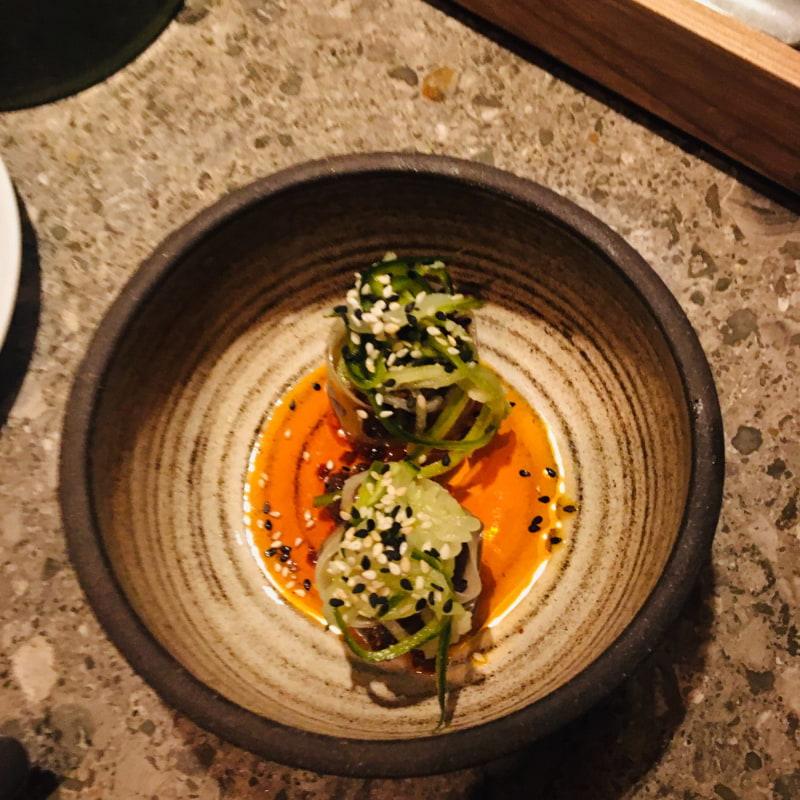 9/10 Dumpling med anka - alla smaker gift sig superbra. En mumsbit å en explosion 💥 – Bild från Asian Post Office av Anna T.