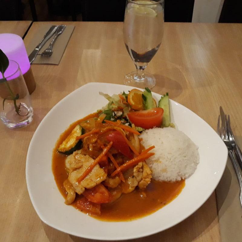 Vällagad och riklig thaimat – Bild från Bangkok Kitchen av Björn T.