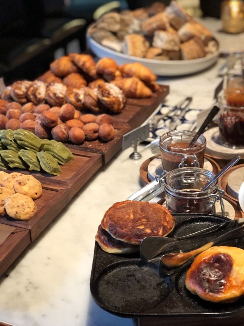 Mmmm, frukost – Bild från Berns av Agnes L.