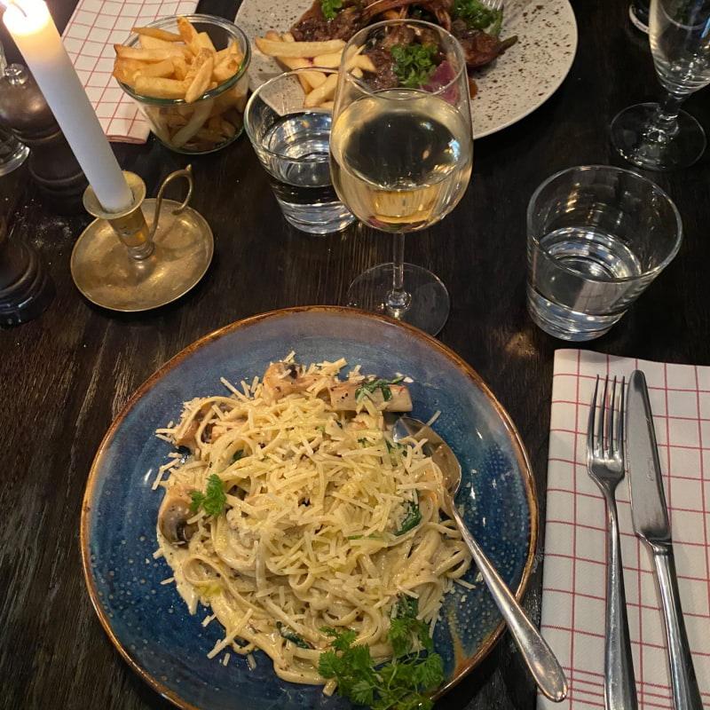 Linguine con olio al tartufo, pasta med tryffel och svamp – Bild från Bistroteket av Lisa S.