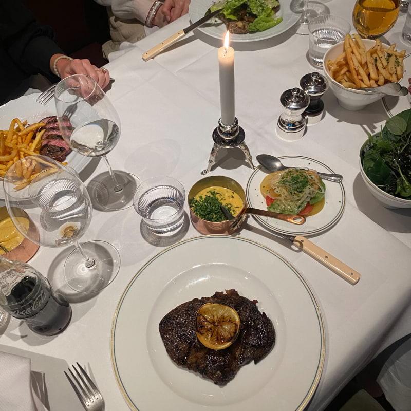 Entrecote – Bild från Brasserie Astoria av Adam L.