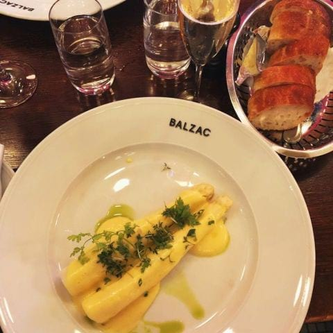 Asperges blanche – Bild från Brasserie Balzac av Lisa S.