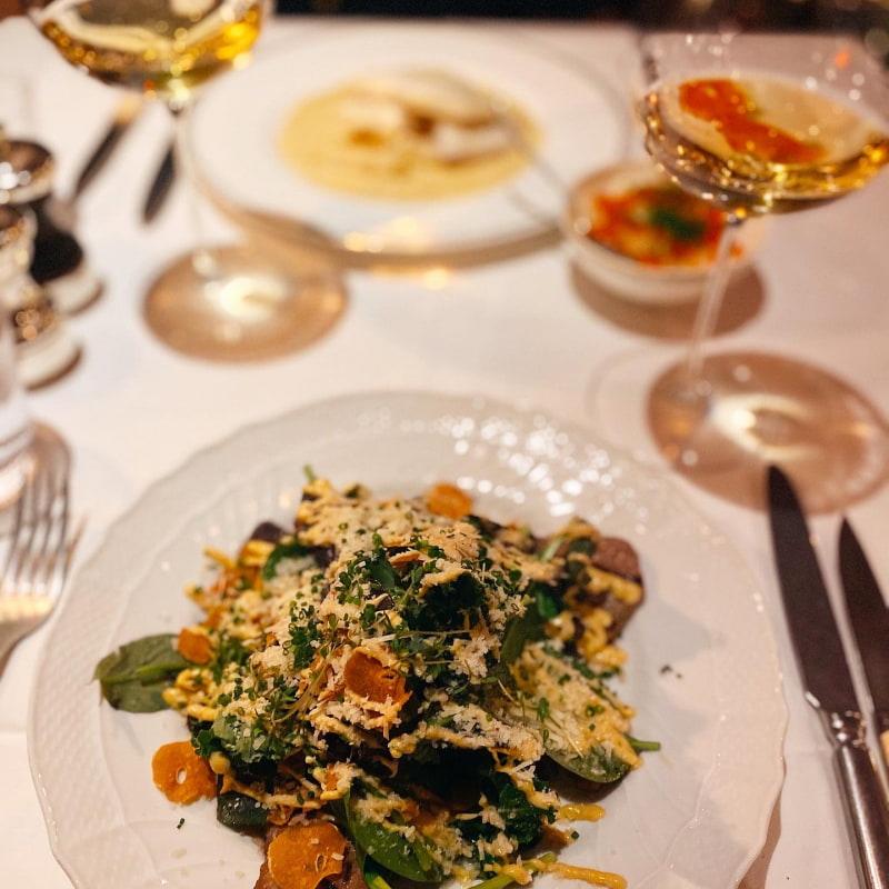 Gödkalv – Bild från Brasserie Astoria av Isabelle W.