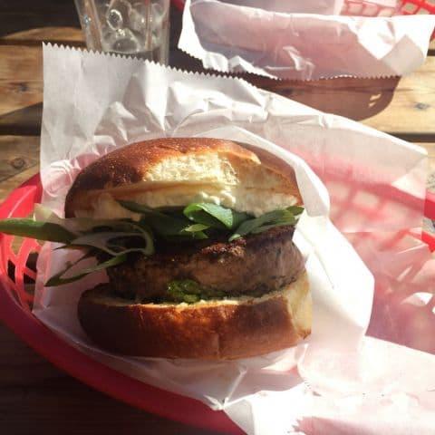 Cricketburger – Bild från Casual Street Food av D N.