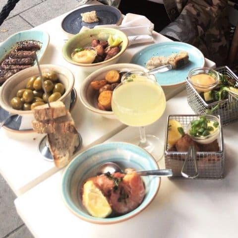 Bild från Café Tabac av Jessica K.